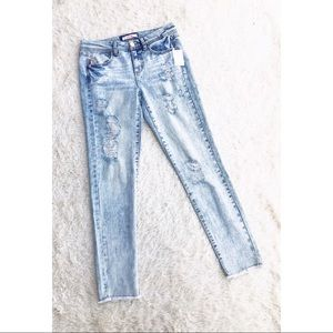REFUGE ✨NWT✨ Acid Wash Distressed Ripped Jeans